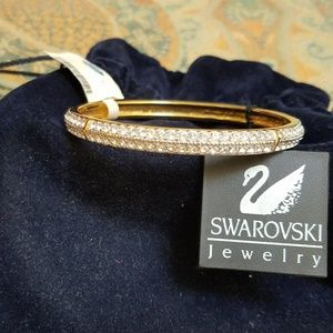 Swarovski signed NWT Bangle Bracelet